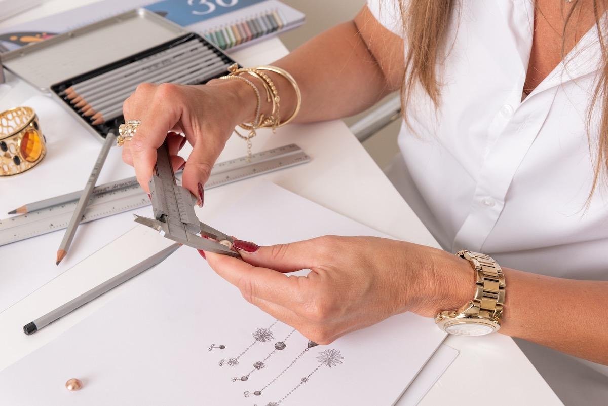 Casa Jewelry Opmeten juwelen met schets